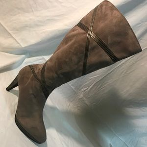 Womens Impo Stretch Knee High Boot 8.5M Faux Suede